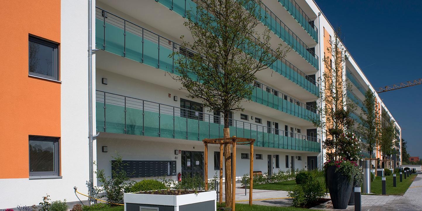 Außenansicht Betreutes Wohnen Gebäude in Karlsfeld