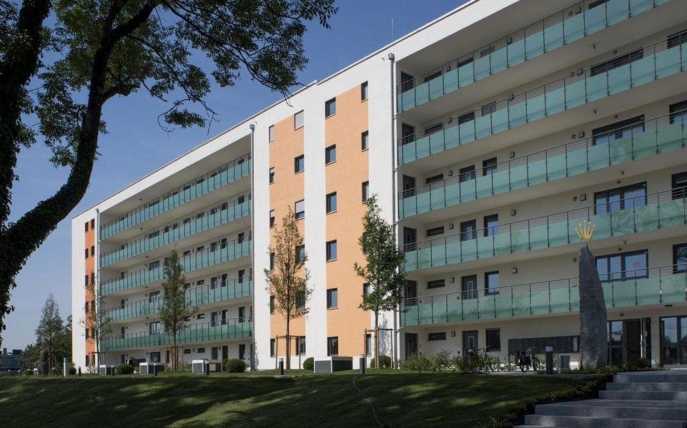 Außenansicht des Gebäudes für Betreutes Wohnen in Karlsfeld